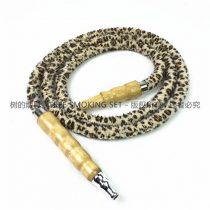 浅色木柄豹纹烟管